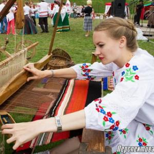 The regional folklore festival «Back to the roots»