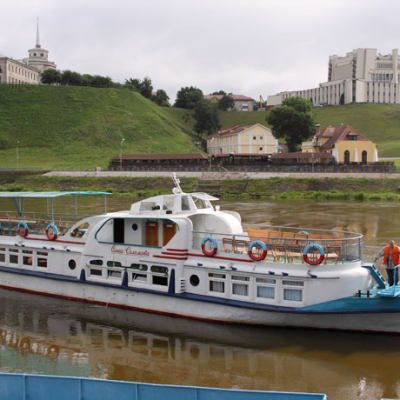 Organization  of trips on the motor ship  «O.Solomova»