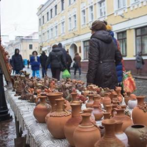"Exebition-fairs of craftsmen and artists of amateur association ""Garadzenskі Kalaryt """